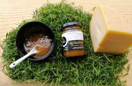 Sirne pomake – sladke marmelade in želeji ustvarjeni za sire!